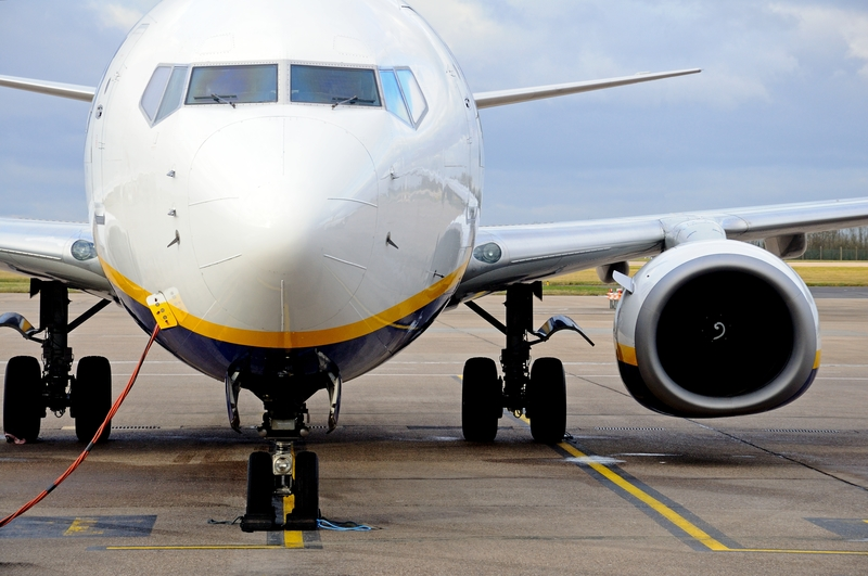 East Midlands operates as a hub for DHL Air UK and as a focus city for Jet2.com and Ryanair, Thomas Cook Airlines and TUI Airways.